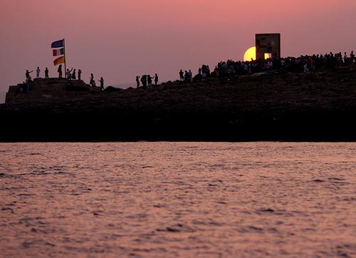porta europa al tramonto