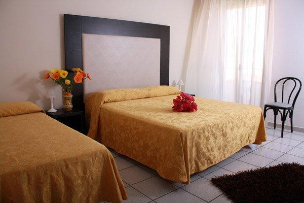 Pacchetto Hotel Sole + Volo - VIVERE LAMPEDUSA .it